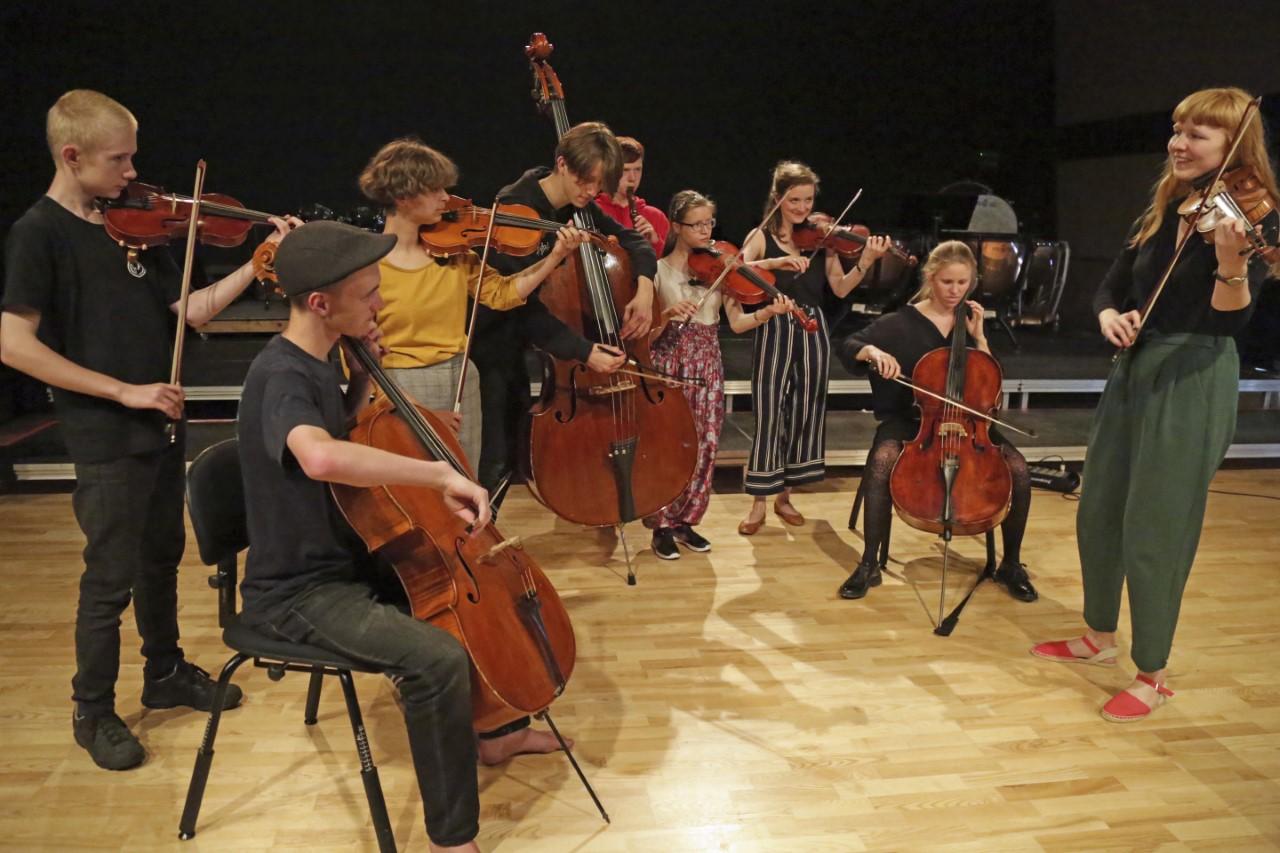 thumbnail 30-31 OrkesterEfterskolen Holstebro 6 - rev